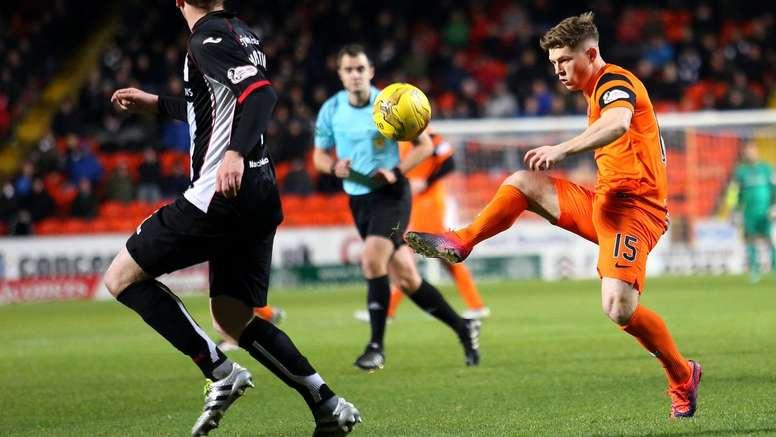 Un fan del Dundee causa furor en Escocia. DundeeUnitedFC
