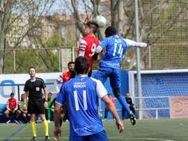 El Ebro refuerza su defensa con el fichaje de un jugador contrastado. HérculesCFOficial