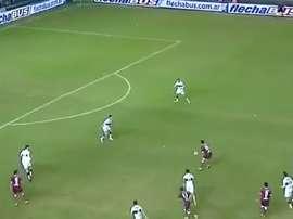 Saucedo puso el 1-0 con un tremendo disparo. CopaTotalArgentina