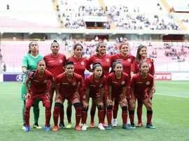 Universitario rescindió los contratos de las jugadoras. UniversitarioDeDeportes