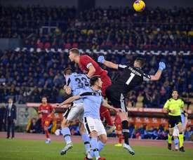 Los errores de Strakosha y Pau López marcaron el partido. ASRoma