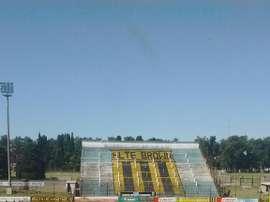 Imagen del estadio de Almirante Brown. Colegiales