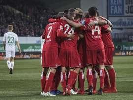 Trois cas de coronavirus au FC Cologne, pression sur la Bundesliga. AFP
