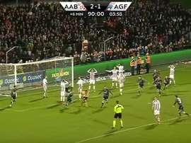 Imagen del partido entre Aalborg BK y AGF Aarhus en la Liga Danesa. Football24