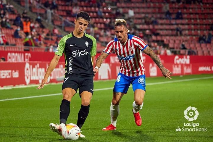 El Sporting sumó tres nuevos puntos y se colocó líder provisional. LaLiga