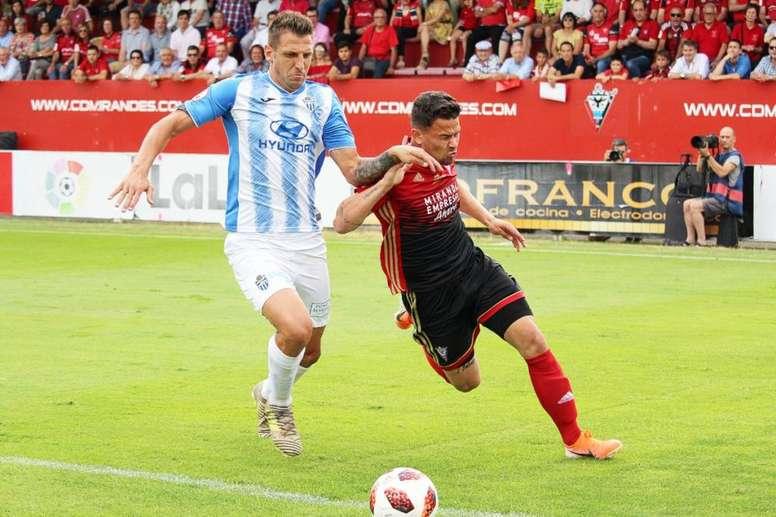 El Mirandés fue superior y venció al Atlético Baleares. Twitter/CDMirandes