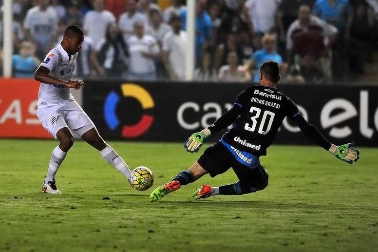 Santos quer que seu meio-campista acumule minutos em outro time. SantosFC