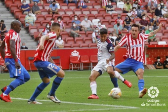 El Sporting rebaja la felicidad del Mirandés y suma tres nuevos puntos. LaLiga