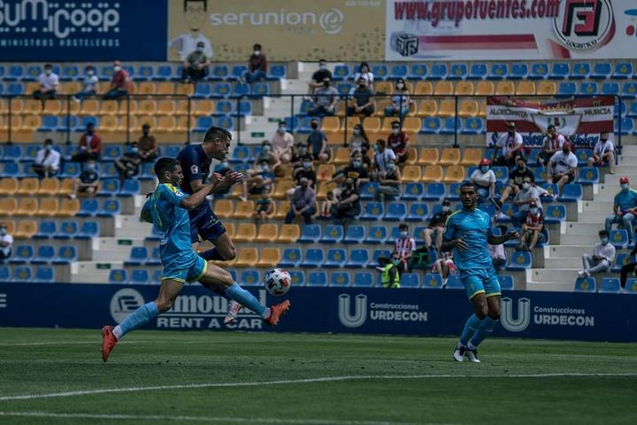 Sigue el directo del sorteo del calendario de la Primera RFEF 2021-22. Twitter/UCAMMurciaCF
