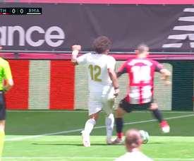 Même faute : penalty pour le Real ; pas pour l'Athletic ! Captura/MovistarFútbol