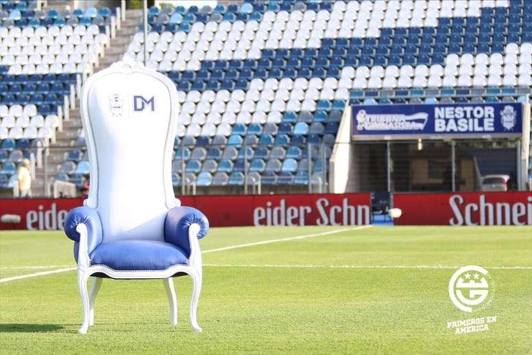 Gimnasia sorteará en cada partido... ¡el sillón de Maradona! GimnasiaLaPlata