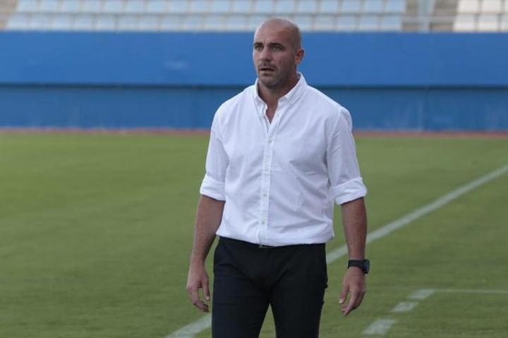 Walter Pandiani fue anunciado como nuevo entrenador de Club Atlético Cerro. Twitter/CACerro_oficial