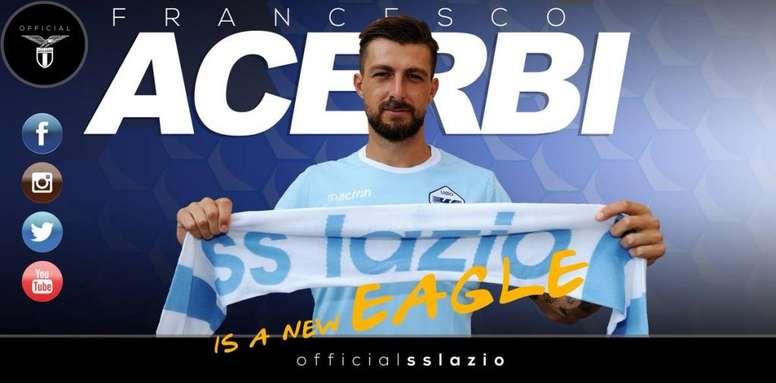 Acerbi llega a la Lazio y firma hasta 2023. Twitter/SSLAzio