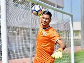El colombiano Lucho García sustituye a Gazzaniga frente al Levante. RayoVallecano