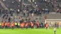 Los ultras del Marsella se enfrentaron a los del Angers. Captura/Twitter/MattMargueritte