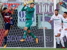 O time 'viola' reduziu, mas acabou mesmo saindo derrotado de Crotone. Twitter/Fiorentina