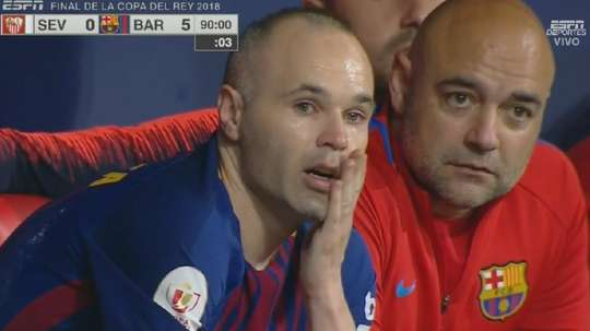Iniesta não conteve as lágrimas na final da Copa del Rey. Twitter/ESPN