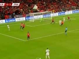 Griezmann got an assist and a goal to put France 0-2 up. Captura/beINSports