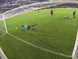 Ibáñez hizo una gran demostración de reflejos. TNTSports