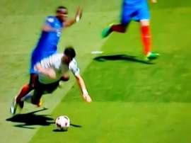 Instante del penalti cometido por Pogba en el Francia-Irlanda. 2DF