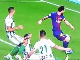 Messi no llegó a rematar por unos centímetros. LaLigaTV