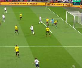 Más de la mitad del gol fue de Karnezis. EFE
