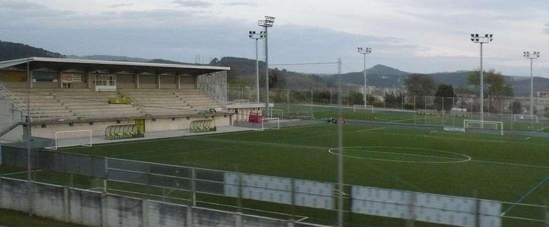 El Tropezón ha presentado al futboista Jaime Isuardi. Wikipedia