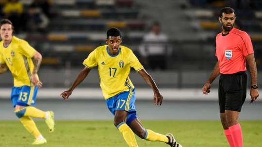 Isak, lors d'un match avec le AIK Solna à la Ligue Suède. AIKFotboll