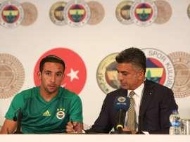Isla, feliz de estar en Turquía. Fenerbahçe