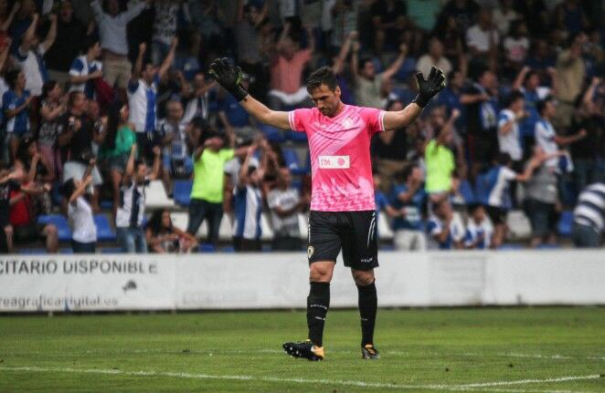 Ismael Falcón no concibe el fútbol sin chavales en las gradas disfrutándolo. HerculesCF