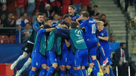 Espanha e Inglaterra são as outras duas Seleções nas semifinais. UEFA