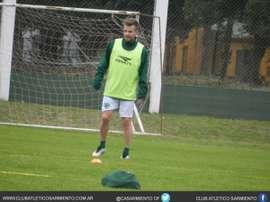 El argentino ya entrena con la plantilla de Sarmiento. CASarmiento