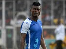 Izu Joseph, futbolista del Shooting Stars que murió asesinado en Nigeria. Shengolpixs
