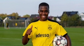 Bynoe-Gittens at his new club. Twitter/BVB