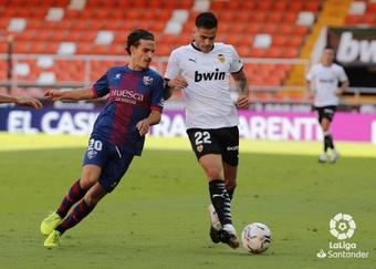 La SD Huesca rechazó una oferta de cuatro millones del Elche por Seoane. LaLiga