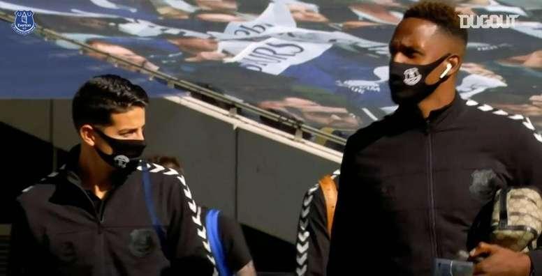 Así se vio desde dentro el estreno de James con el Everton. DUGOUT