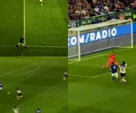 Vardy scores after being assisted by Fuchs' throw in. Capturas/LCFC