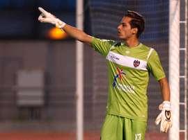 Javi Jiménez salió del Levante para jugar en el Elche y ahora ha recalado en el Huesca. LevanteUD