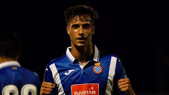 Javier Puado célèbre un but avec l'Espanyol. RCDEspanyol