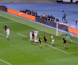 Jedvaj scores for Croatia against Spain. Captura