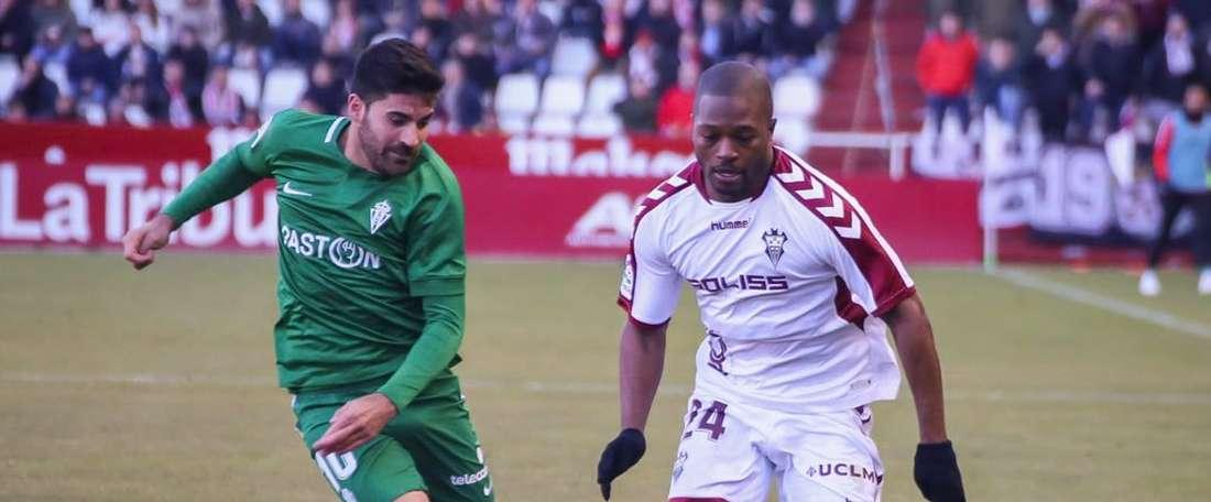 L'homme aux trois nationalités qui préfère jouer la montée plutôt que la CAN. Twitter/AlbaceteBPSAD