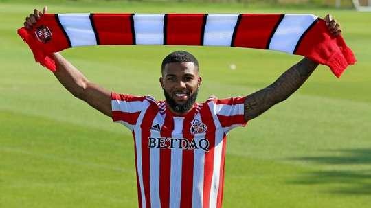 Sunderland have snapped Sinclair up on loan. SunderlandAFC