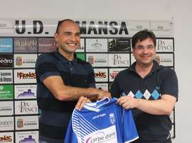 Jesús Castellanos seguirá al frente de la UD Almansa, a la que llegó la pasada temporada. UDAlmansa
