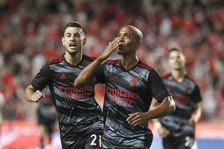 Benfica - Arouca: onzes iniciais confirmados. Twitter/SLBenfica