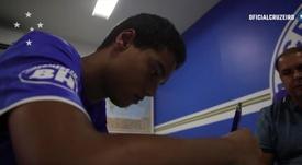 El hijo de Ronaldinho dio otro paso más de futuro. Captura/Cruzeiro