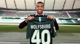 Joao Víctor, fichaje del Wolfsburgo. Twitter/VFL_Wolfsburgo