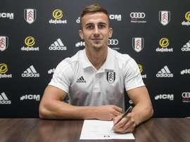 Bryan firmó por cuatro temporadas. FulhamFC