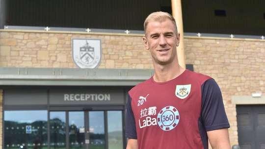 Hart, nuevo fichaje del Burnley. BurnleyOfficial