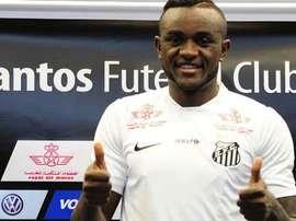 'Joel' en su presentación como jugador del Santos. Twitter