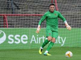 Jon Flatt, del Wolverhampton Wanderers, estará cedido en el Cheltenham Town